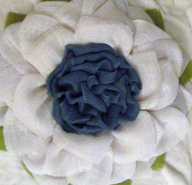 White Flower With Blue Center Burlap Sunflower Wreath The Crafty